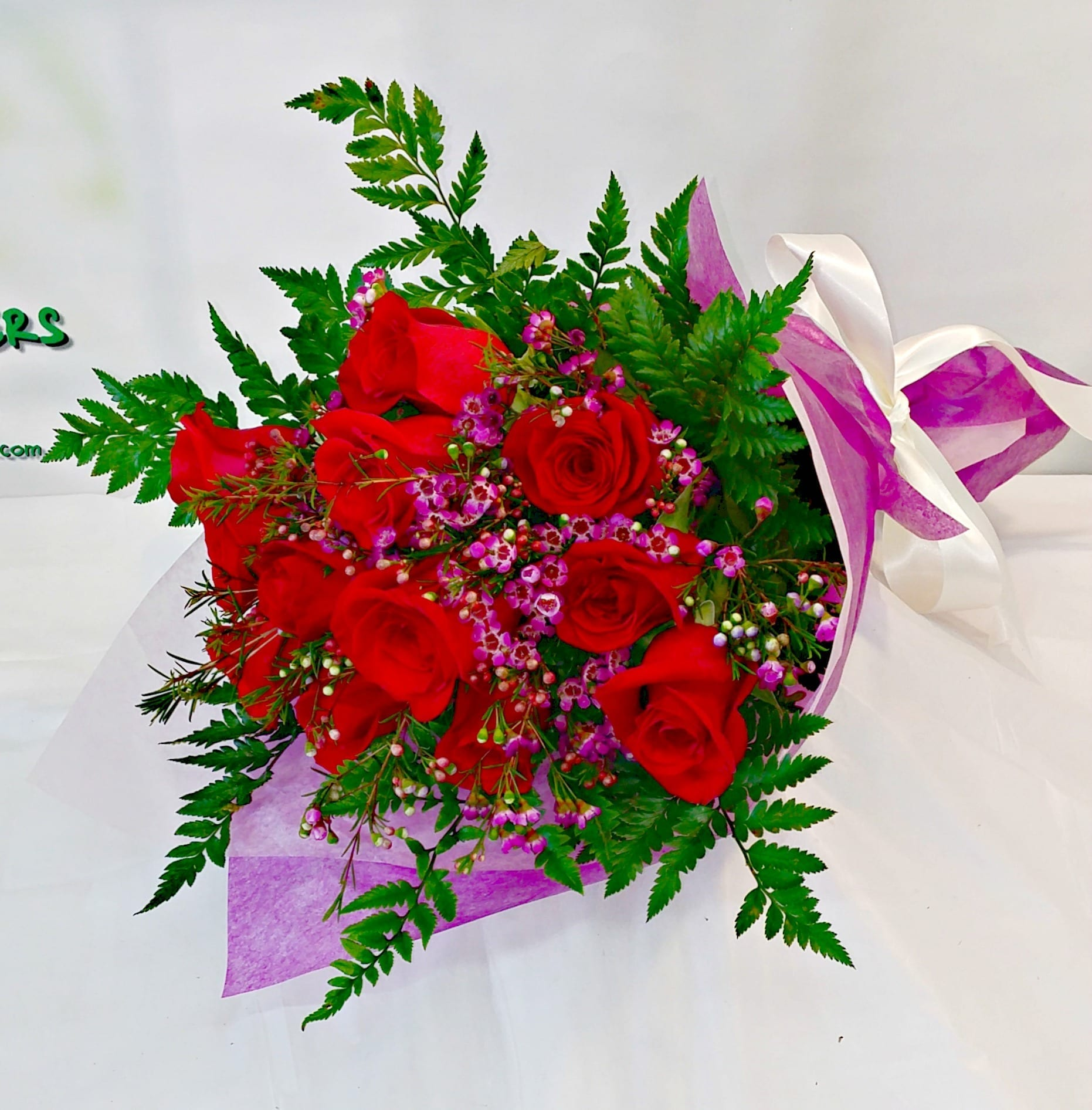 Dozen rose presentation bouquet fiesta flowers plants gifts presentation bouquet altavistaventures Choice Image