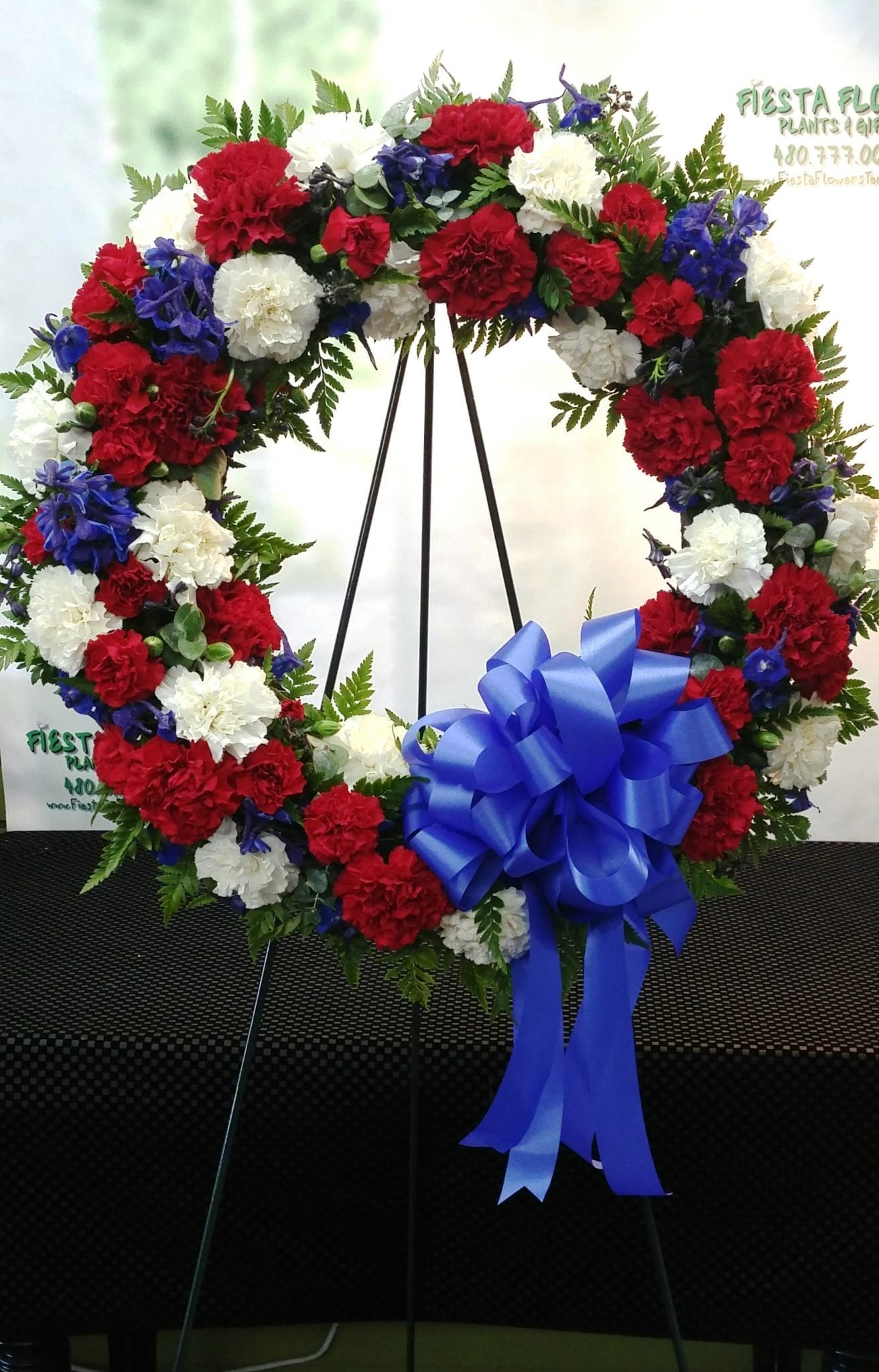 Same day delivery red white and blue tribure wreath 1 fiesta same day delivery red white and blue tribure wreath izmirmasajfo