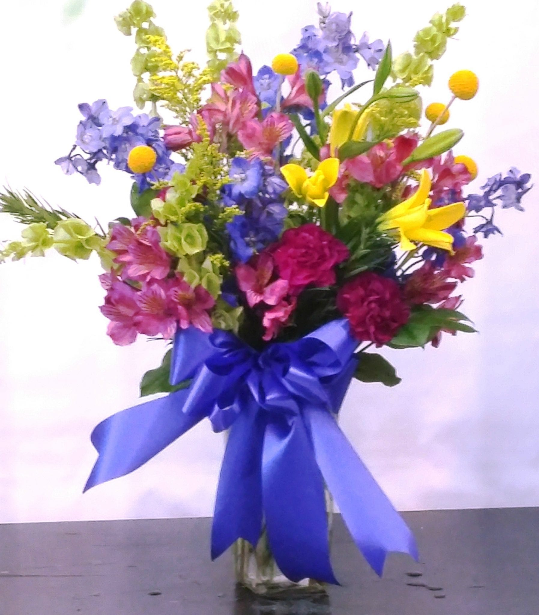 SAME DAY DELIVERY Bright Tribute in a Vase Fiesta Flowers Plants & Gifts