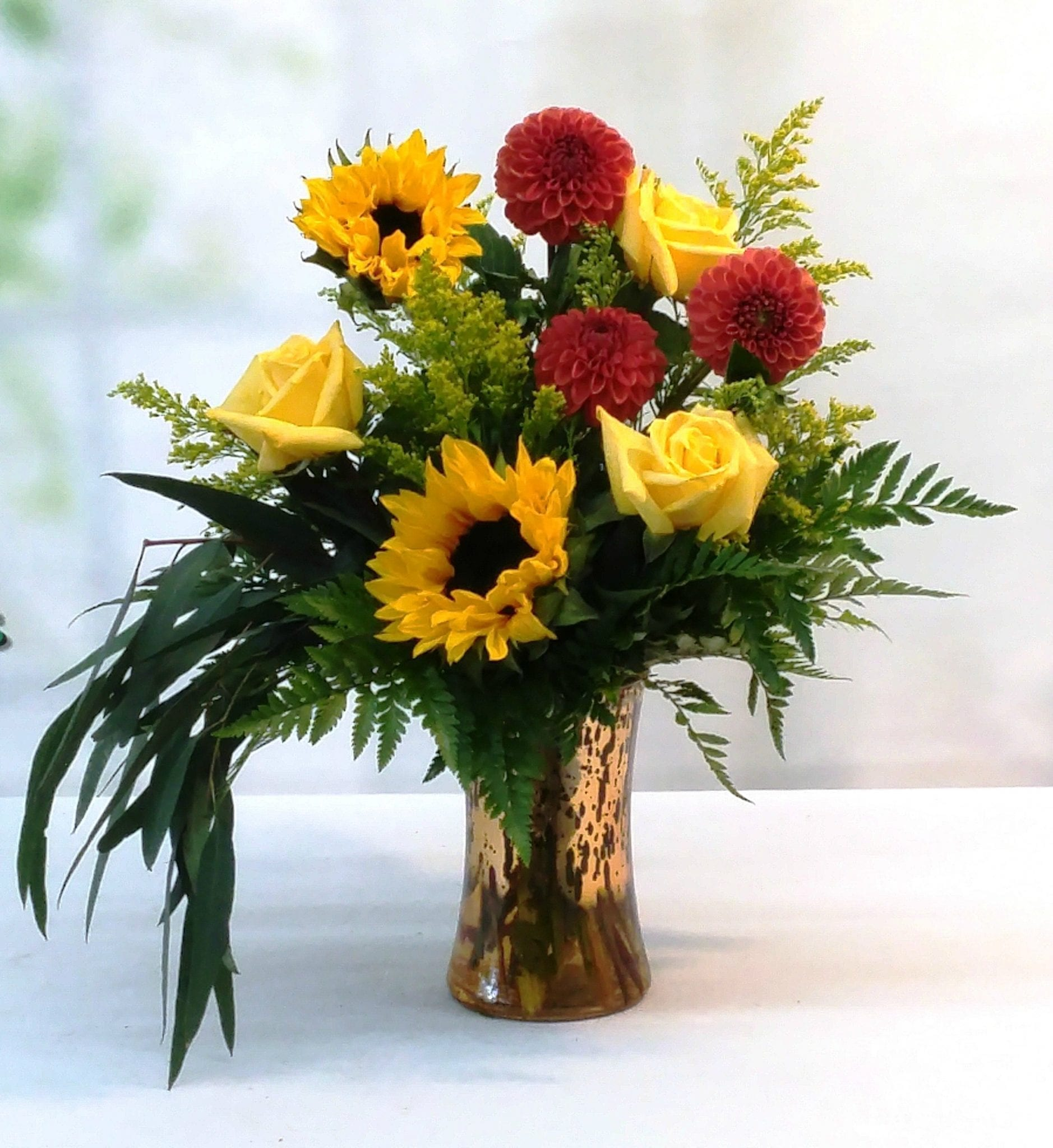 Flowers in vase next day delivery - Next Day Delivery Contemporary Dahlias V 1014