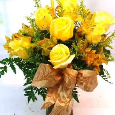 SAME DAY DELIVERY Golden Roses