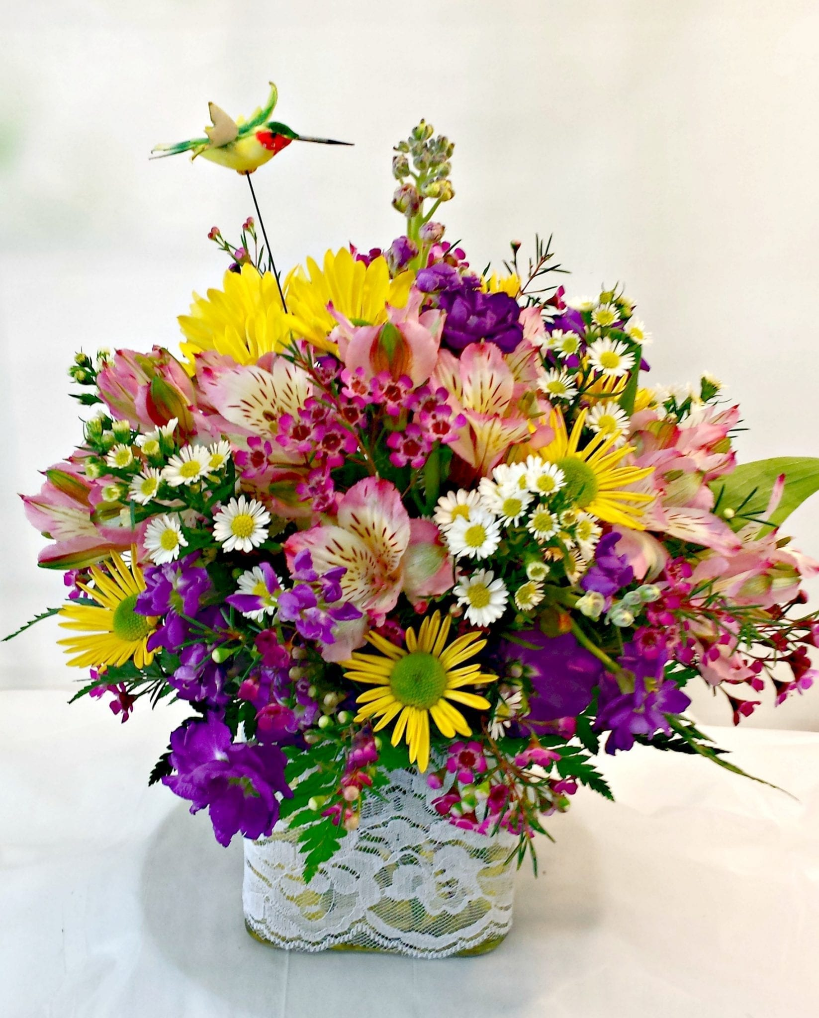 Custom Cube Flower Bouquets And Floral Arrangements Fiesta Flowers