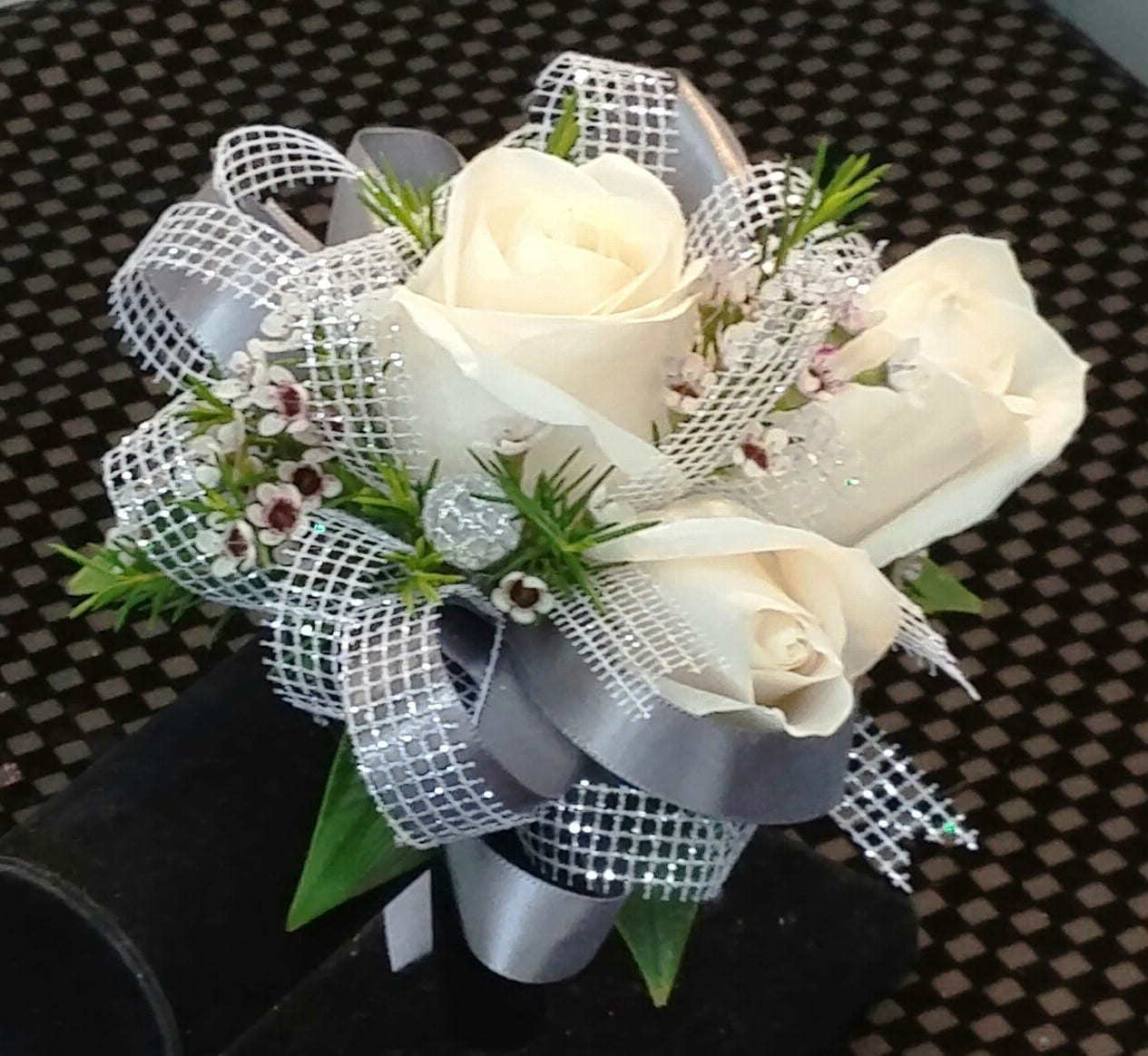 Corsages Boutonnieres Prom Flowers In Tempe Fiesta Flowers