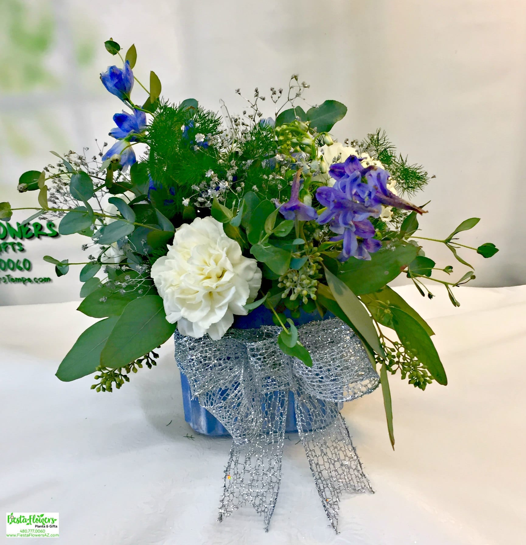 Blue and white garden cube u 3039 fiesta flowers plants gifts blue and white garden mightylinksfo