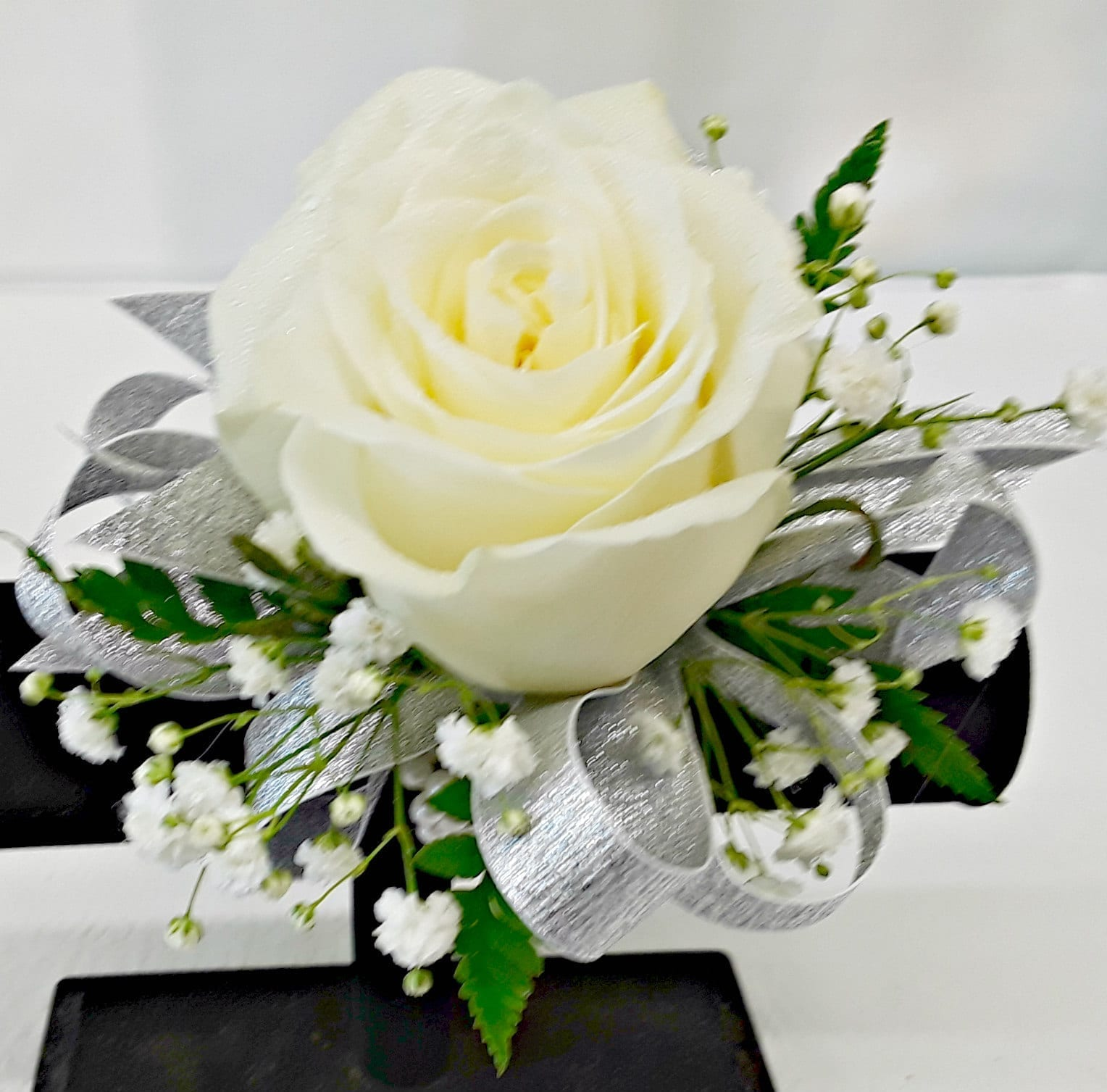 Classic Design Single Rose Corsage With Babys Breath Choose Your